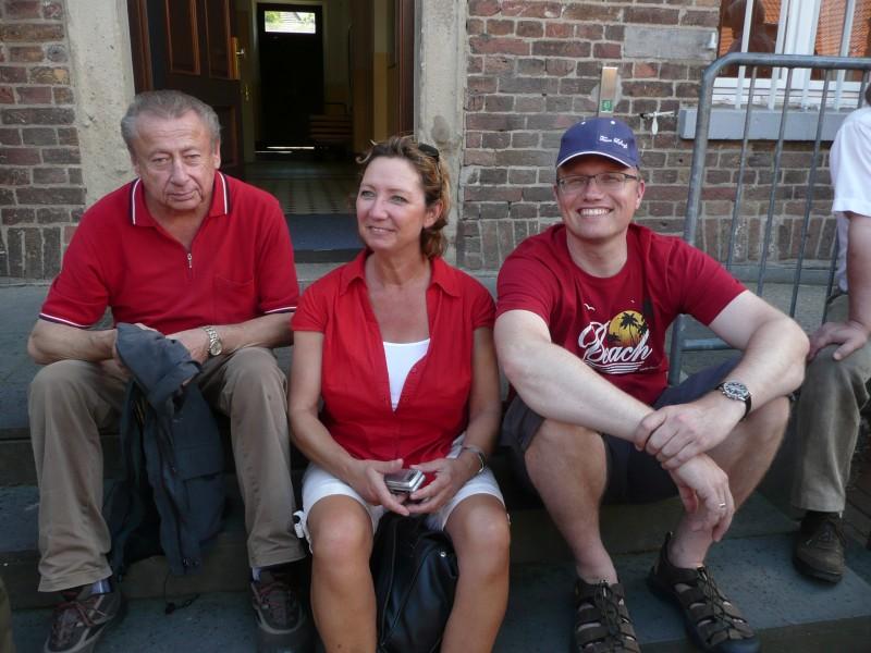 Halbzeit: Müde Läufer Friedhelm Lenz (Ex-MdL), Marion Tillmann (SPD-Bürgerbüro Porz) und Jochen Ott (MdL)